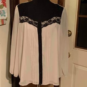 Monroe & Main button up sheer blouse with lace XL